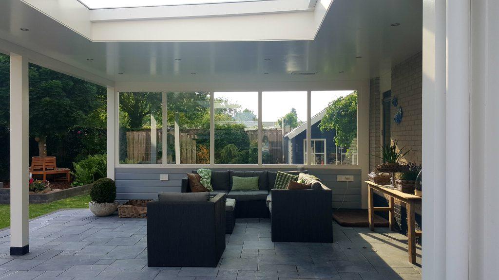 Moderne veranda met lichtstraat te Dronten5