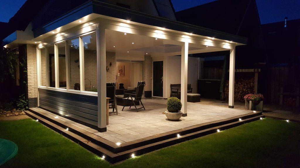 Moderne veranda met lichtstraat te dronten u de verandaspecialist