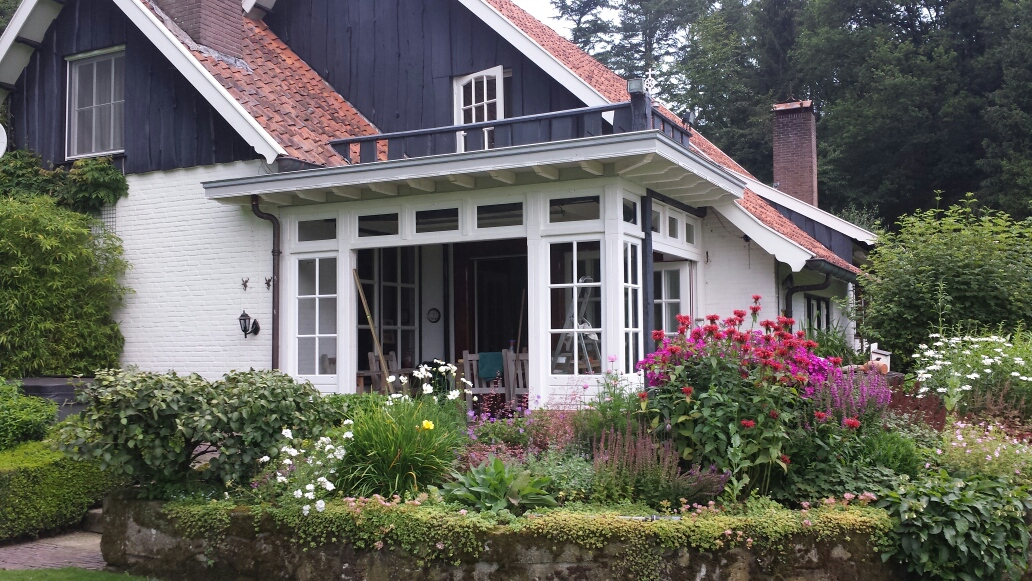 Klassieke veranda de Lutte-001
