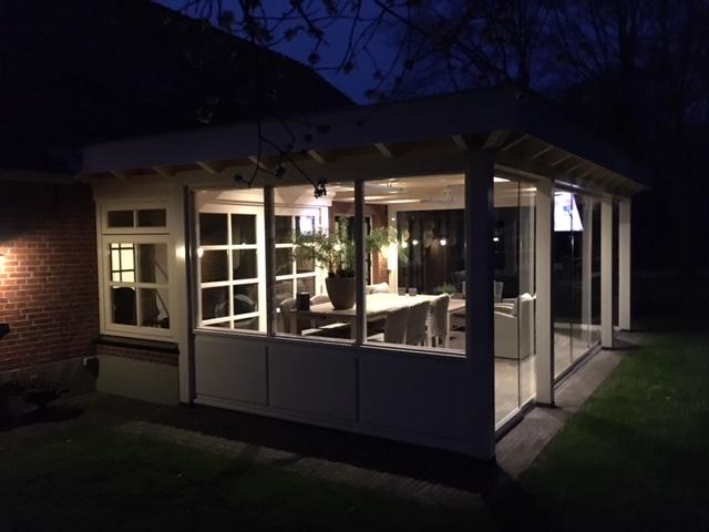Luxe veranda met glazen schuifwanden te Denekamp1