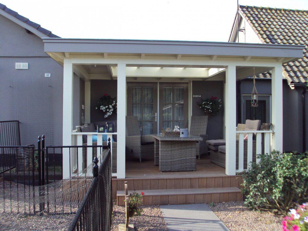 Klassieke veranda met vlonder te Scherpenzeel-011