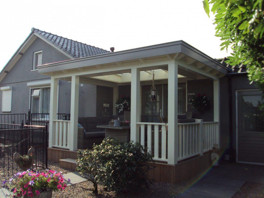 Klassieke veranda met vlonder te Scherpenzeel-006