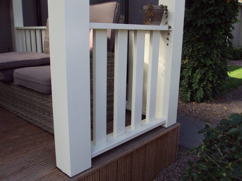 Klassieke veranda met vlonder te Scherpenzeel-002
