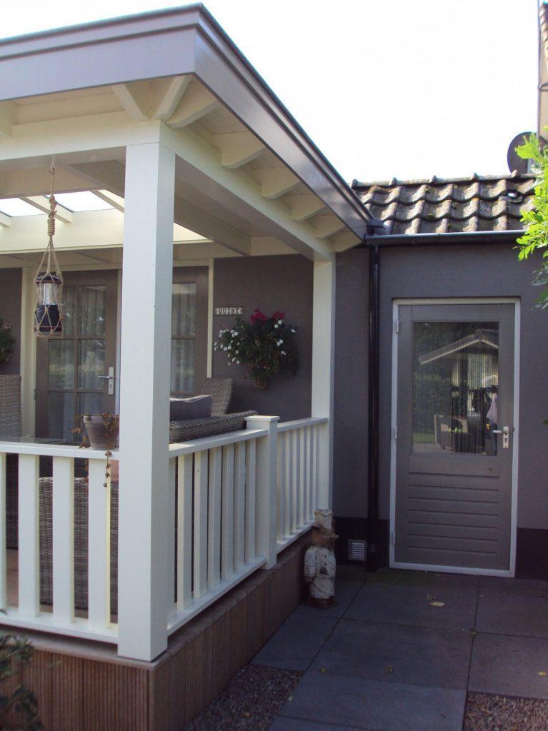 Klassieke veranda met vlonder te Scherpenzeel-001