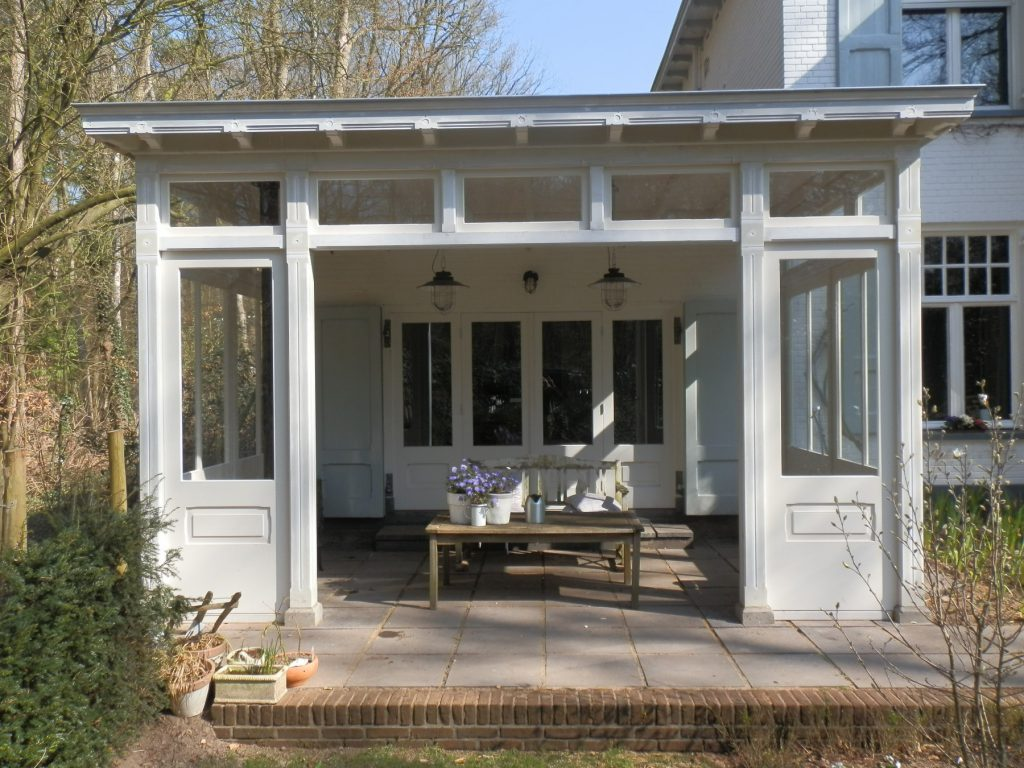 Klassieke veranda te Joppe_004