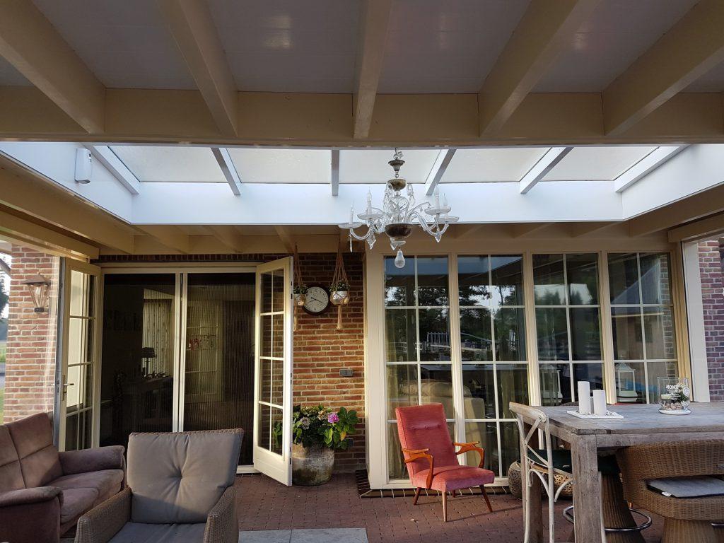 Luxe veranda met lichtstraat te Terschuur-002