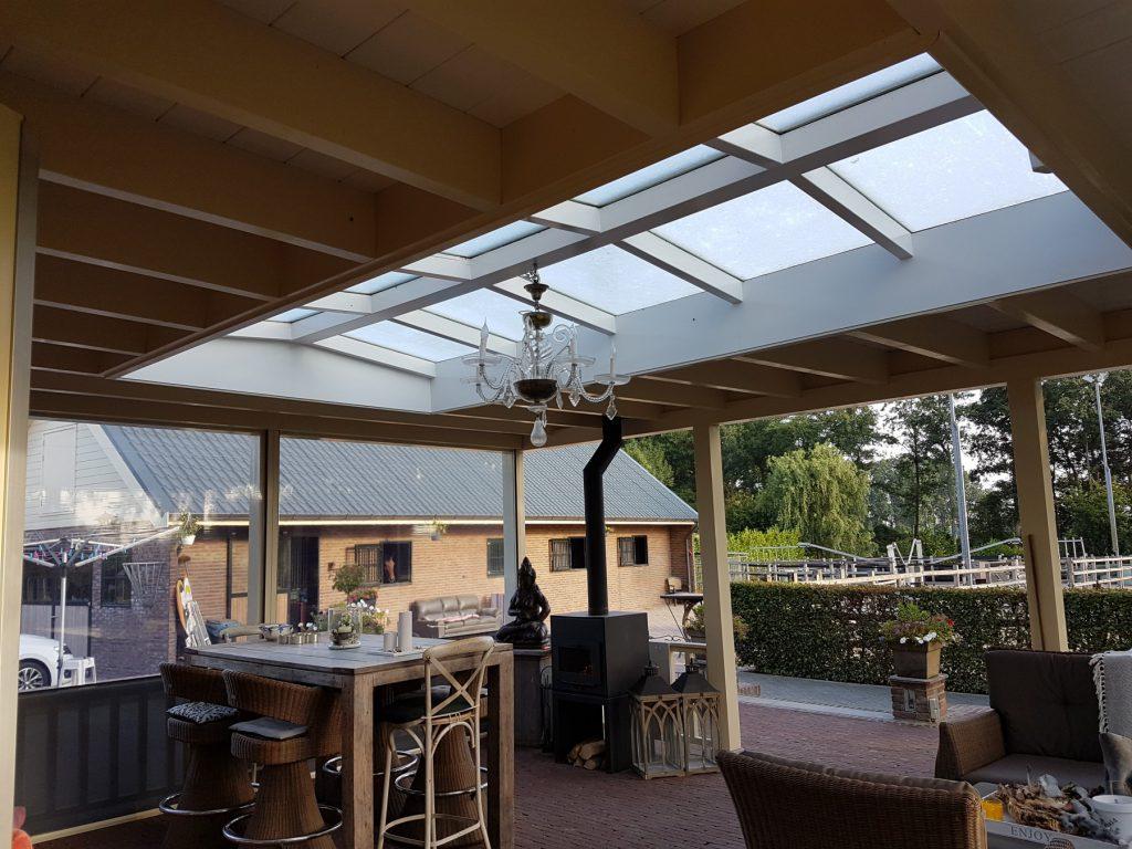 Luxe veranda met lichtstraat te Terschuur-010