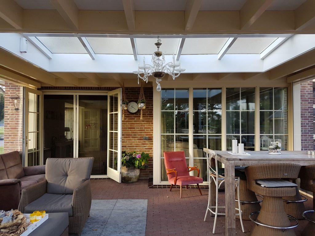 Luxe veranda met lichtstraat te Terschuur_015
