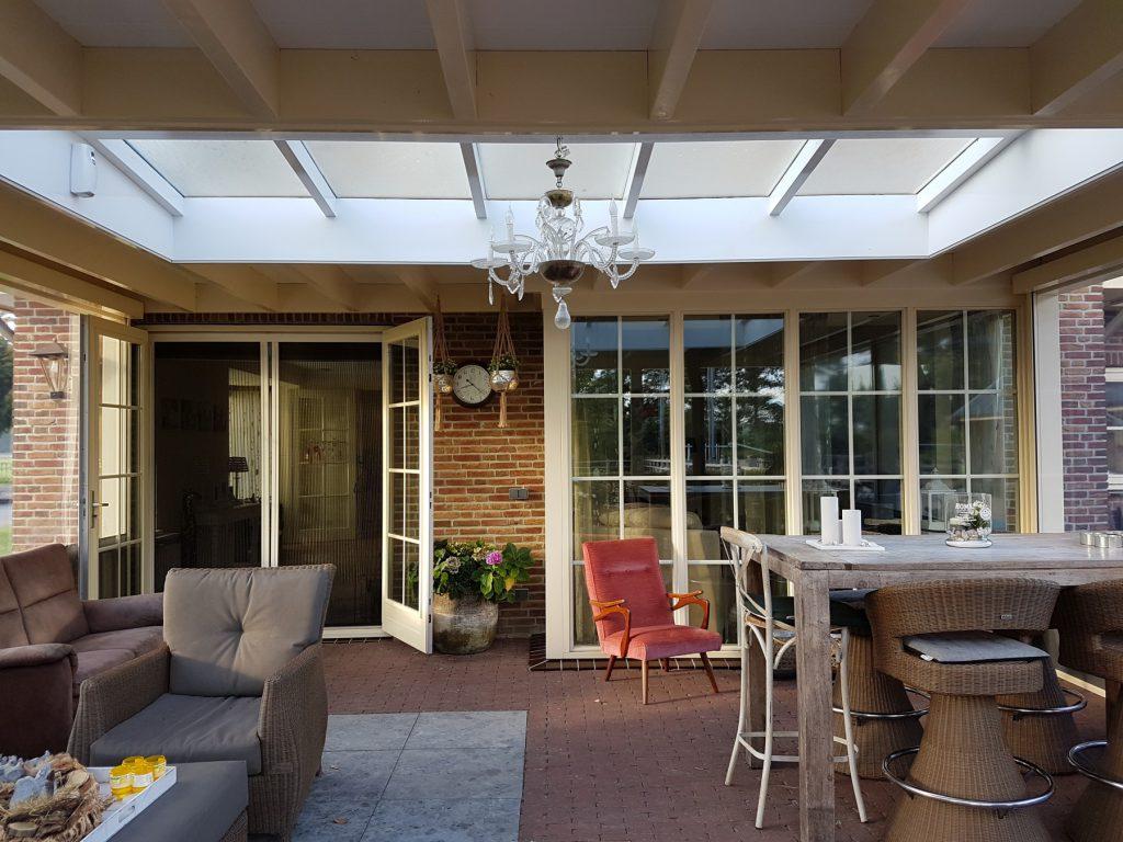Luxe veranda met lichtstraat te Terschuur_016