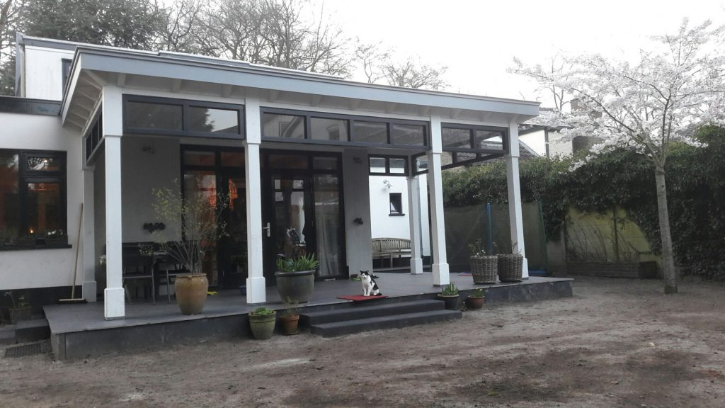 Moderne veranda met bovenramen te Apeldoorn-005