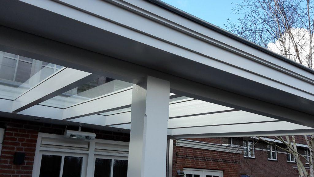 Moderne veranda met glazen dak te Den Haag-002