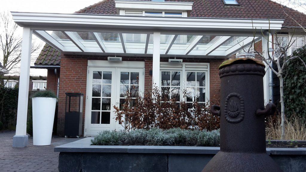 Moderne veranda met glazen dak te Den Haag-007