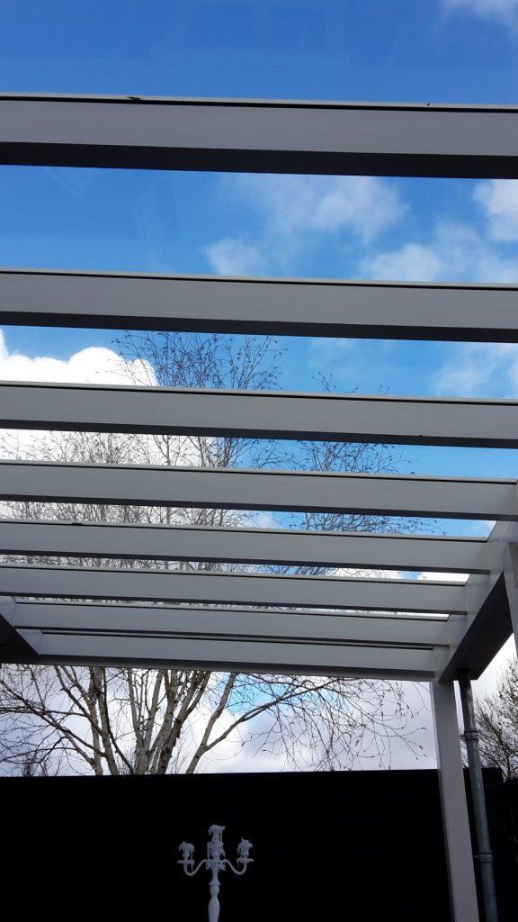 Moderne veranda met glazen dak te Den Haag-010