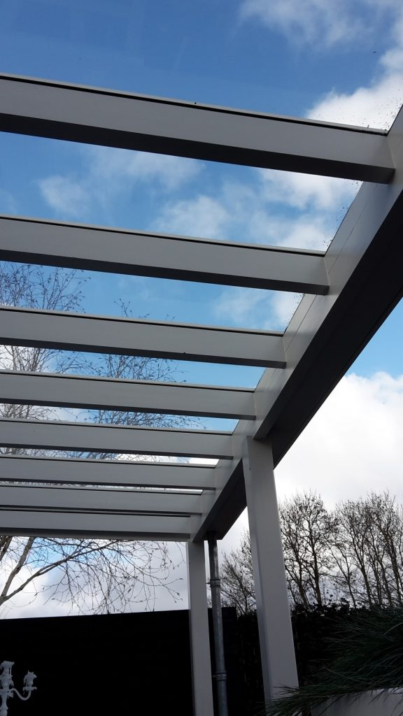 Moderne veranda met glazen dak te Den Haag-011