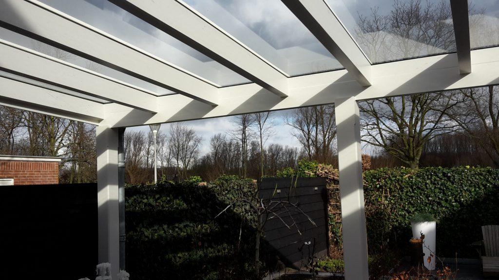 Moderne veranda met glazen dak te Den Haag-016