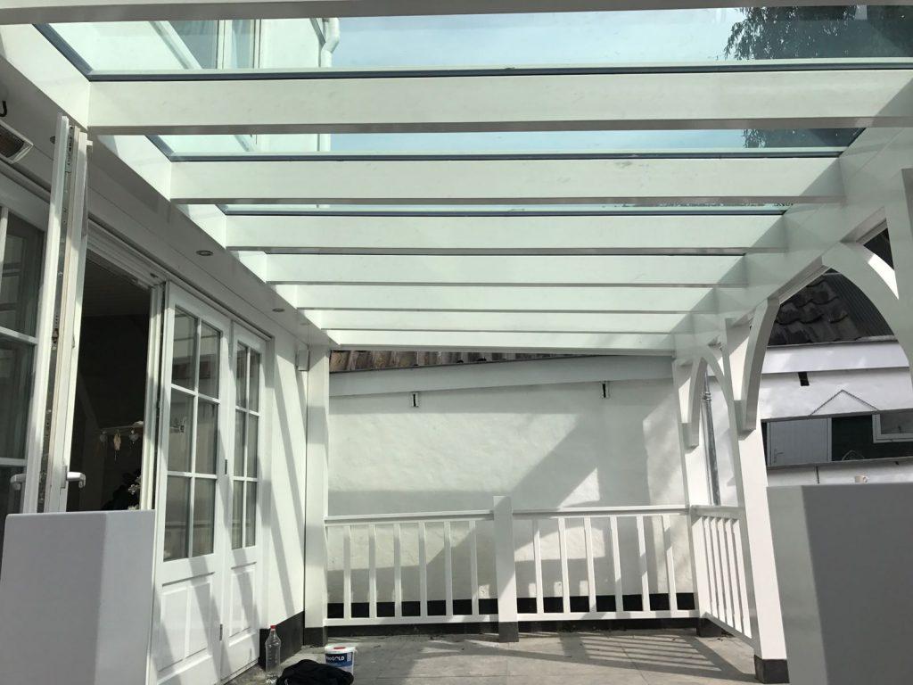 Moderne veranda met klassieke uitstraling_003