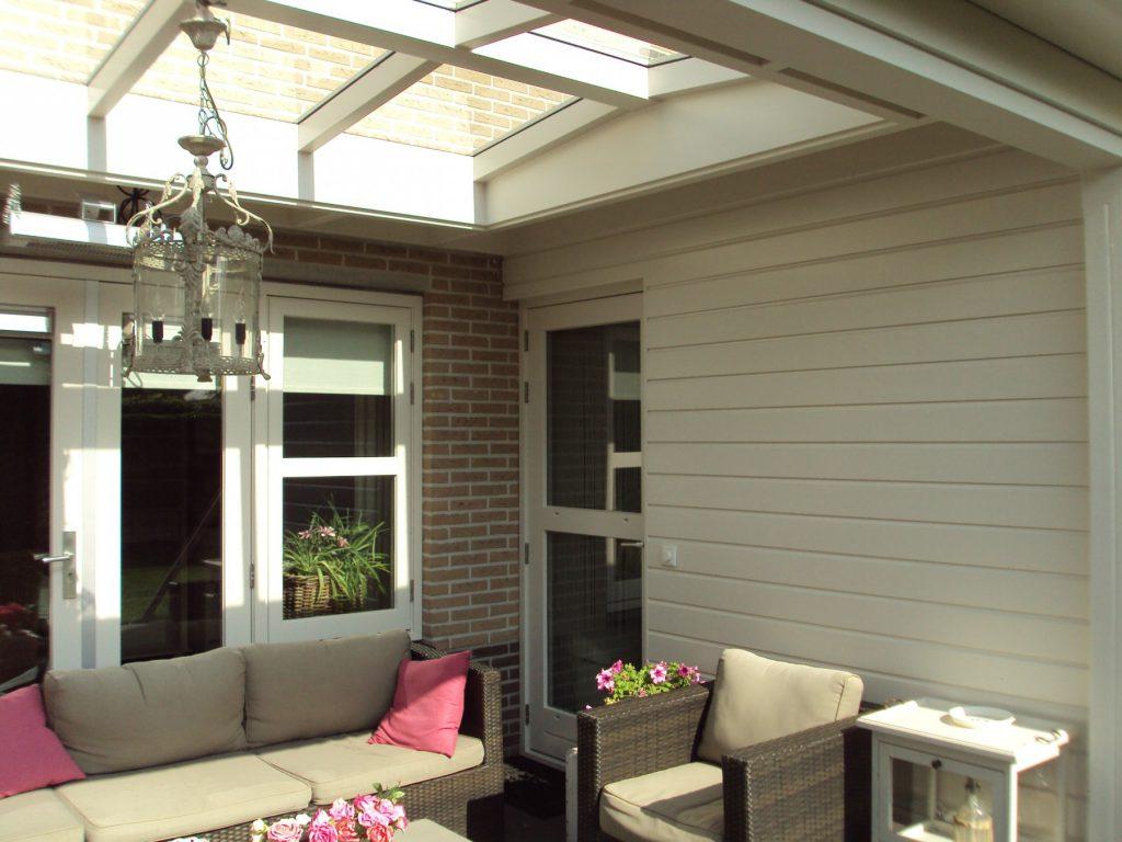 Moderne veranda met lichtstraat te Barneveld-004