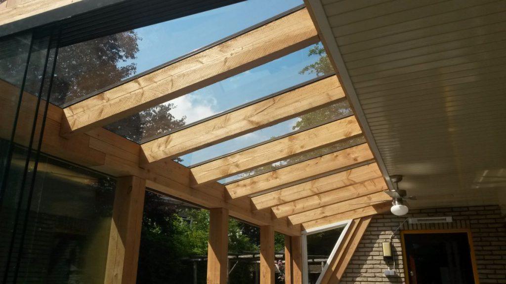 Exclusieve serre van glas gecombineerd met een veranda-002