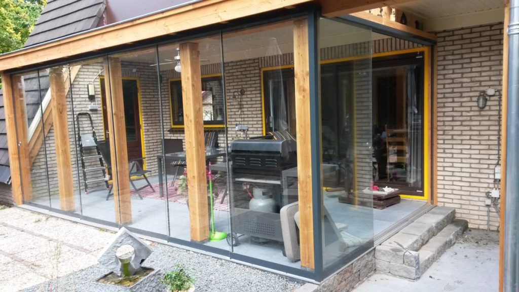 Exclusieve serre van glas gecombineerd met een veranda-007